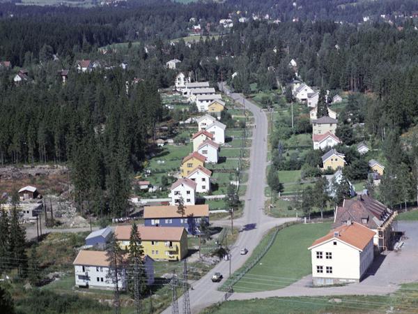 5 români alungati de politia norvegiana dintr-o casa pe care o ocupau ilegal la LØRENSKOG